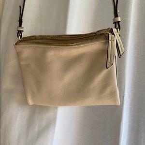 Cream shoulder handbag